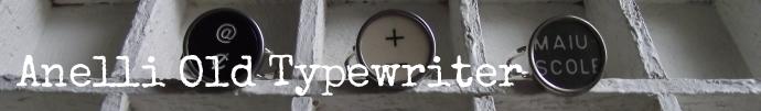 Anelli Old Typewriter